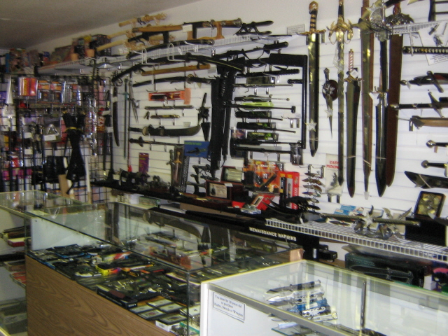 Swords and knives for Shop homepage